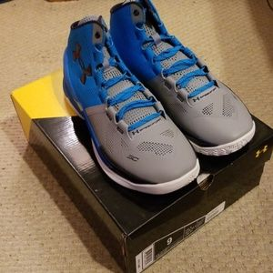 Under Armour Shoes - Under Armour Curry 2 electric blue